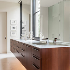 Contemporary Bathroom by Stocker Hoesterey Montenegro