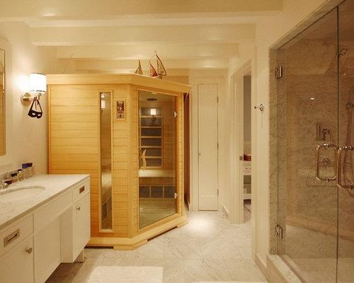Sauna con pavimento in marmo foto idee arredamento for Piastrelle bianche marmo