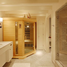 Beach Style Bathroom by Leslie Saul & Associates
