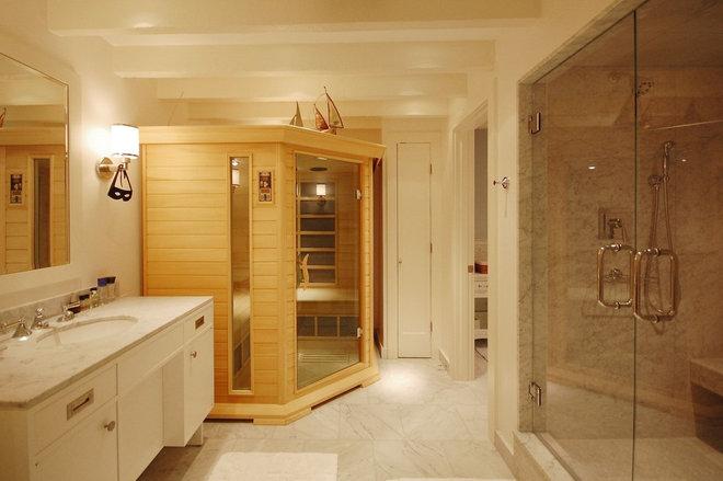 Beach Style Bathroom by Leslie Saul & Associates