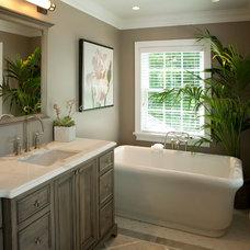 Traditional Bathroom by Vani Sayeed Studios