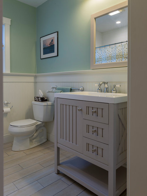 Martha stewart vanity bathroom design ideas pictures for Martha stewart bathroom designs