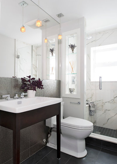 Contemporain Salle de Bain by Hicks Fine Homes - (Hicks Interiors Inc.)