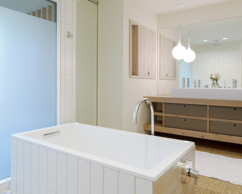 Pebble tec houzz for 1960s bathroom design