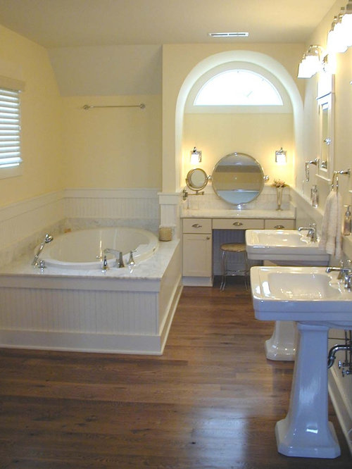 Beadboard Tub Surround Houzz