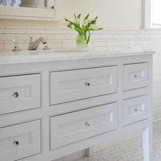 Traditional Bathroom by Kochman Reidt + Haigh Cabinetmakers