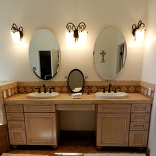 Traditional Bathroom by Leslie Bentson
