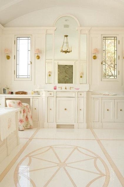 Traditional Bathroom by Elizabeth Dinkel