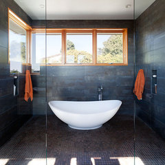 contemporary bathroom by Dotter & Solfjeld Architecture + Design