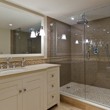 Traditional Bathroom by Beyond Beige Interior Design Inc.