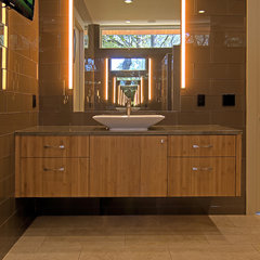 contemporary bathroom by Fatter & Evans Architects, Inc.