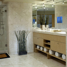 Contemporary Bathroom by Thomas & Evelyn Architecture