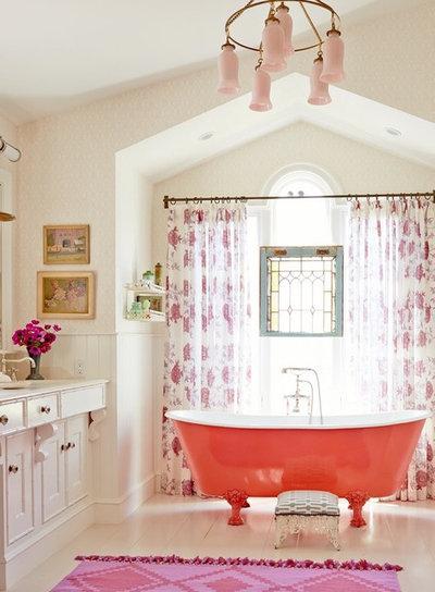 Trend Beach Style Bathroom by Alison Kandler Interior Design