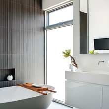 Modern Bathroom By Schulberg Demkiw Architects