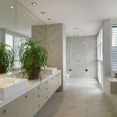 contemporary bathroom by MR.MITCHELL