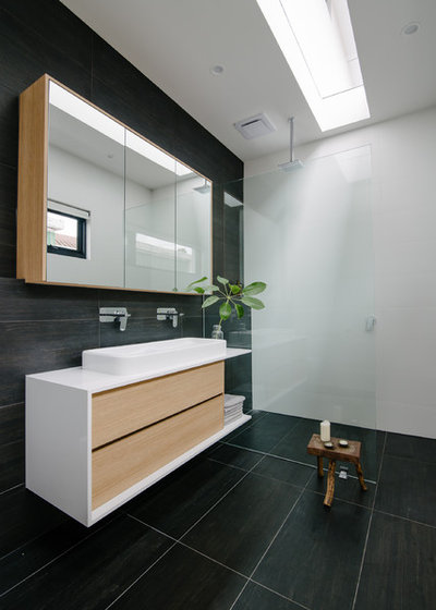 Contemporary Bathroom by Finesse Built
