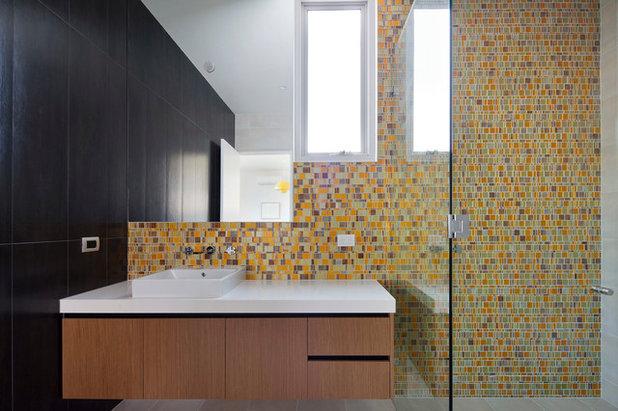Modern Bathroom by Chan Architecture Pty Ltd