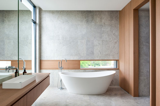 Modern Bathroom by Mills Gorman Architects