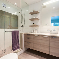 Contemporary Bathroom by Interior Solutions Design Group Inc.