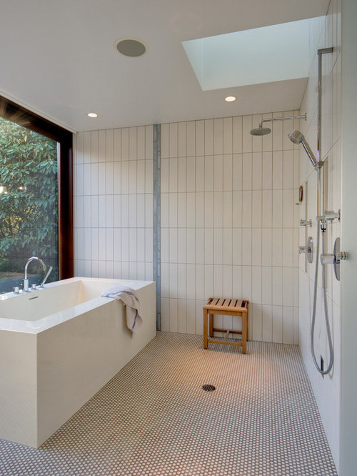 Wet room houzz for Toilet and bath design small space