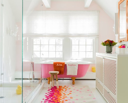 Family bathroom ideas photos with pink tiles for Pink and orange bathroom ideas
