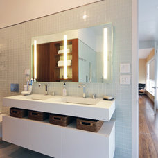 Modern Bathroom by BWArchitects (formerly Basil Walter Architects)