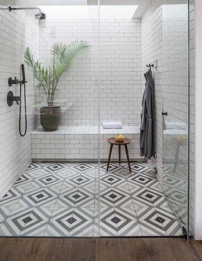 Scandinavian Bathroom by Insidesquad, inc
