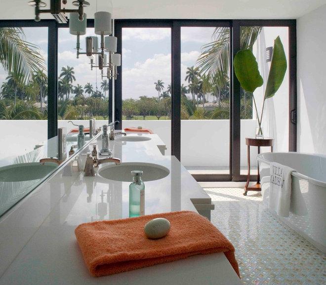 Contemporary Bathroom by BROWN DAVIS INTERIORS, INC.
