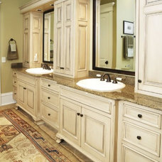 Traditional Bathroom by Leslie Newpher Interiors