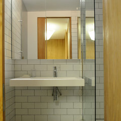 modern bathroom by Space Group Architects
