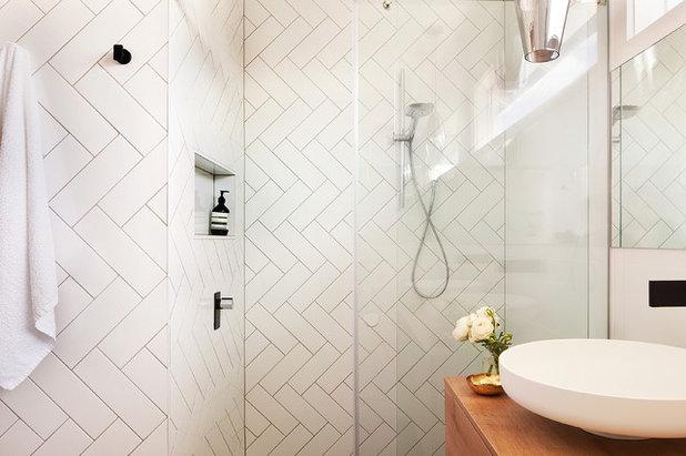 Come rendere interessanti le piastrelle bianche del bagno