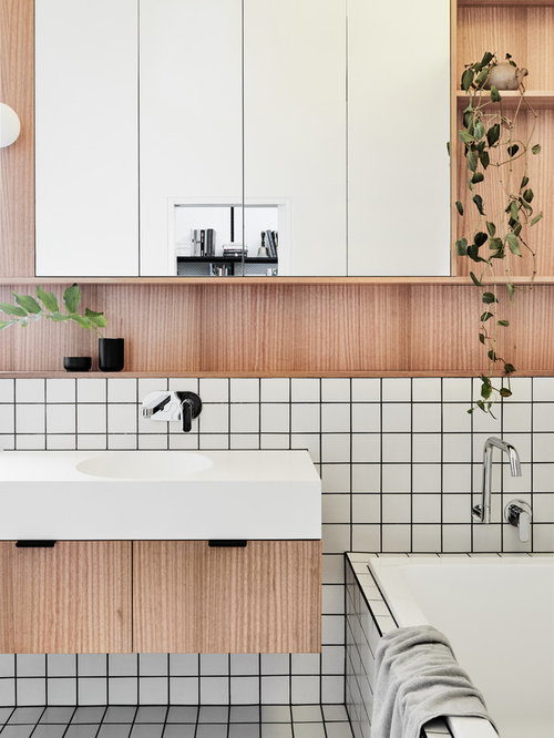 Inspiration For A Mid Sized Contemporary 3 4 Bathroom In Melbourne With Flat