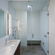 Modern Bathroom by Ashbury General Contracting & Engineering