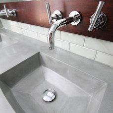Contemporary Bathroom by Design Build 4U Chicago