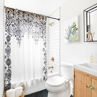 Bulaful Home Guest Bathroom