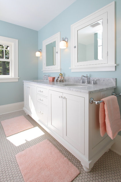 traditional bathroom by w.b. builders