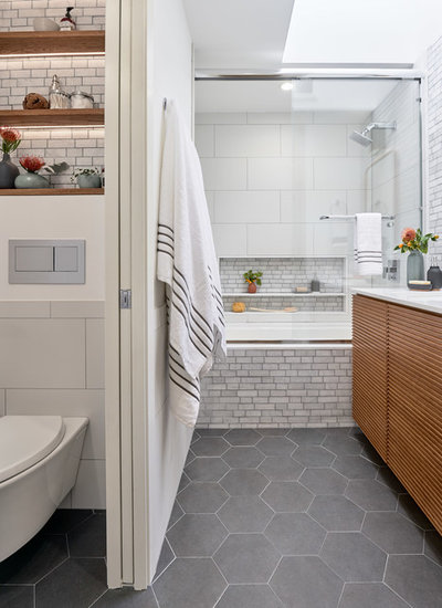 Modern Bathroom by Sabrina Alfin Interiors