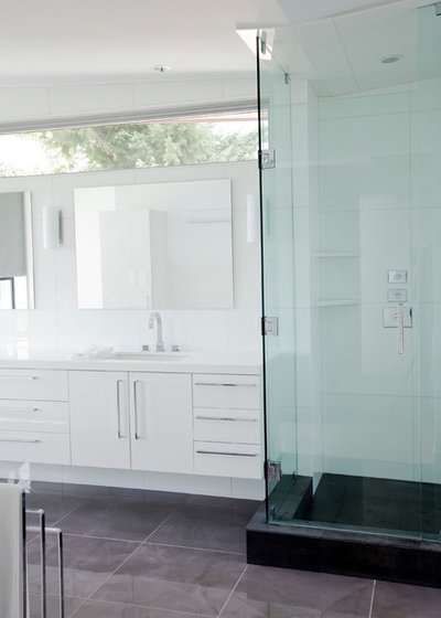 Contemporary Bathroom By Tanya Schoenroth Design