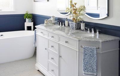 An Airy Oceanside Bathroom Retreat in California