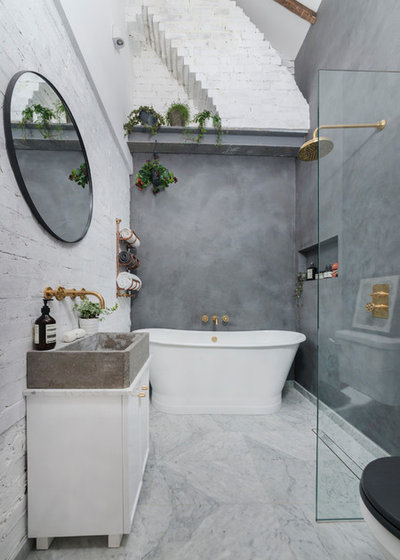Industrial Bathroom by ALL & NXTHING