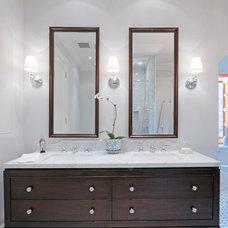 Traditional Bathroom by Rowlands Associates Inc.