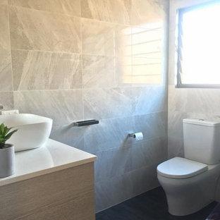 Salle de bain moderne avec des carreaux de céramique : Photos et ...