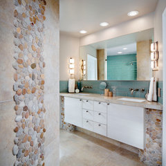 contemporary bathroom by The Home Improvements Group, Inc.