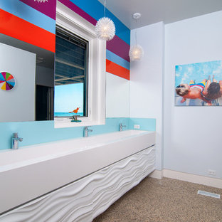 Inspiration For A Beach Style Kidsu0027 Concrete Floor And Brown Floor Bathroom  Remodel In Chicago