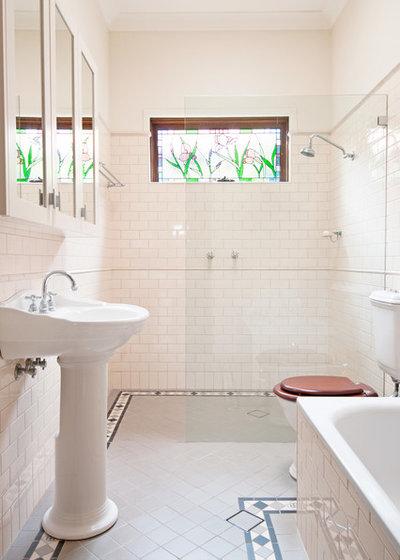 トラディショナル 浴室 by Luisa Volpato Interiors