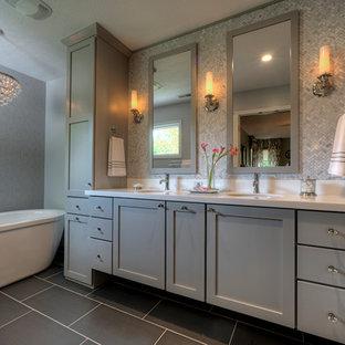Kleines Modernes Badezimmer in Chicago