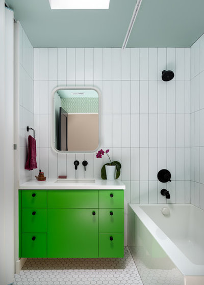 Contemporary Bathroom by Anat Shmariahu
