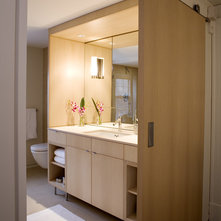 Modern Bathroom by LDa Architecture & Interiors