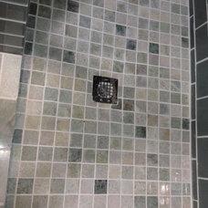 Modern Bathroom by PARKO HOME RENOVATIONS