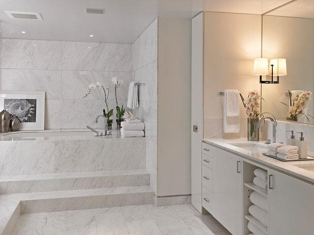 Good Contemporary Bathroom by Krome Construction